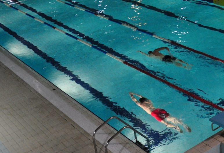 zdjęcie niecki sportowej z trybun